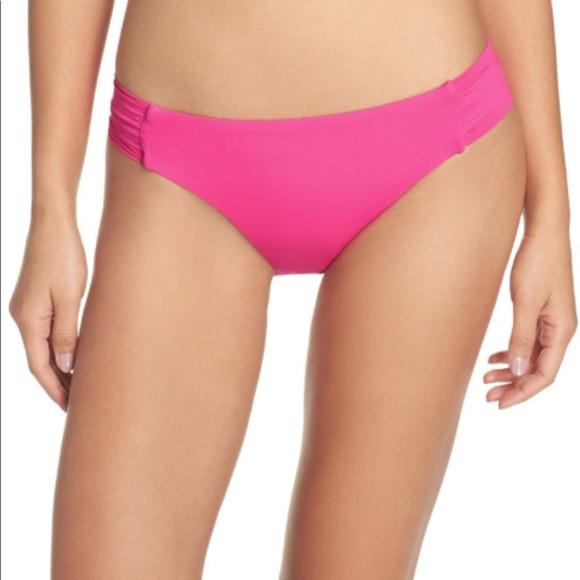 Trina Turk Other - Trina Turk shirred bikini bottoms
